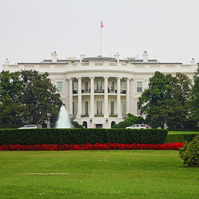 Photo Credit: EOSdude View of the White House from the Elipse
