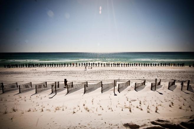 hands-beach