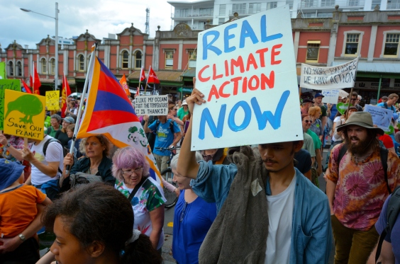 Thousands rally for action on climate change