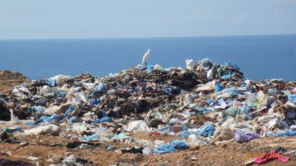 plastic-waste-ocean